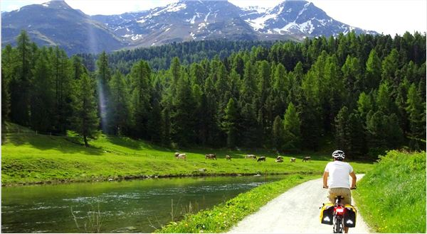 Cycle from St. Moritz to Innsbruck
