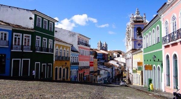 Explore Colombia