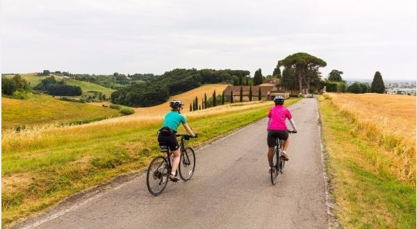 Tuscany: Florence to Lucca Ride